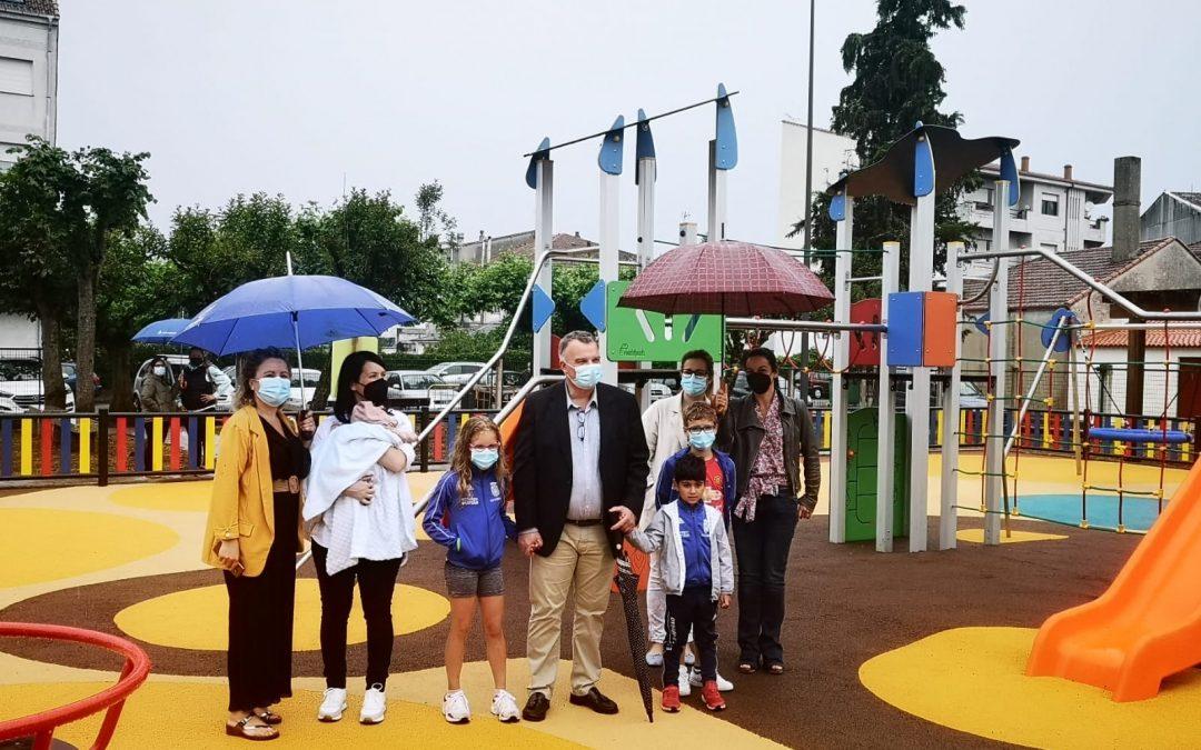 Novo parque infantil en Escairón